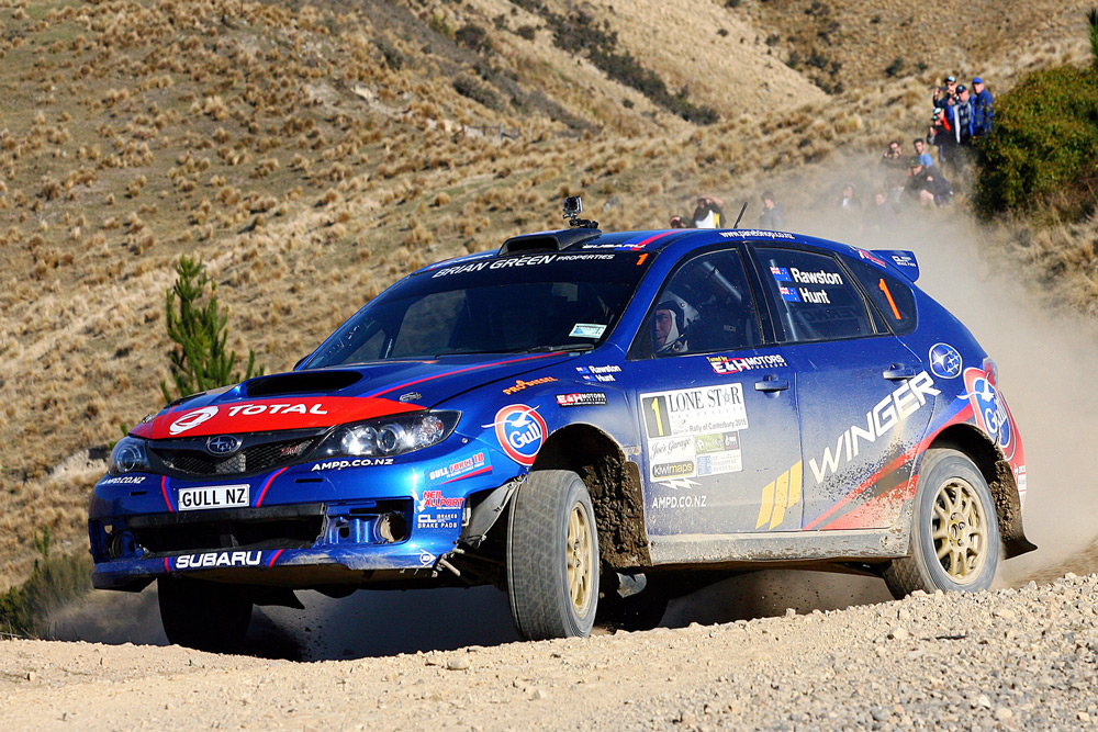 Ben Hunt and Tony Rawstorn on their way to winning the 2015 Canterbury Rally